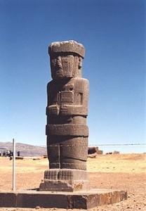39-4-Статуя в Тиуанако-монолит беннета